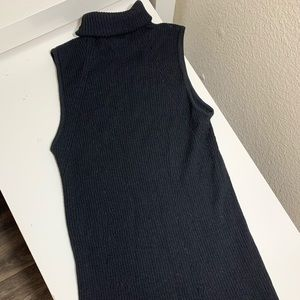 Gucci ribbed turtleneck top size S